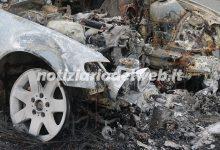 Piromane a Torino dà fuoco a 20 auto: fermato